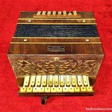 Instrumentos Musicais: ACORDEÓN. FERNANDO GAUSENTE. MADERAS NOBLES. NÁCAR. SABADELL. ESPAÑA. PRINCIPIOS SIGLO XX. Lote 281771608