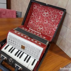 Instrumentos Musicais: ANTIGUO ACORDEON PEQUEÑO MADE IN USSR. Lote 283316858