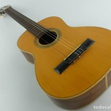 Instrumentos musicales: GUITARRA FLAMENCA O ESPAÑOLA FABRICA DE GUILLERMO LLUQUET. Lote 284734348