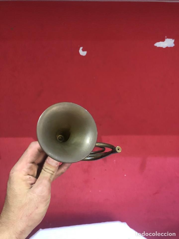 Instrumentos musicales: Rara y Antigua trompeta de bronce original restaurada . Ver fotos - Foto 3 - 287462268