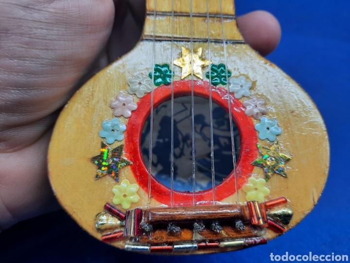 Instrumentos musicales: Pequeño instrumento hecho con calabaza - Foto 3 - 288574593