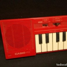 Instrumentos musicales: ORGANO / TECLADO / PIANO - CASIO PT-1 ROJO (FUNCIONA). Lote 288913168