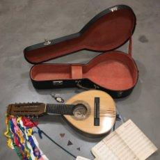 Instrumentos musicales: ANTIGUA BANDURRIA - TATAY - CON MALETÍN, PÚAS Y PARTITURAS. Lote 289450773