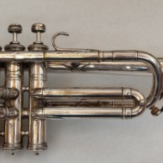 Instrumentos musicales: TROMPETA EN DO COUESNON. Lote 289565443
