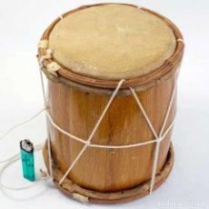 Instrumentos musicales: TAMBOR DE MADERA Y PIEL ARTESANAL. Lote 290566343