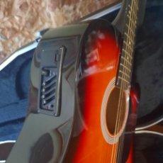 Instrumentos musicales: GUITARRA ELECTRO-ACÚSTICA STAGG MÁS ESTUCHE. Lote 292059668