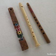 Instrumentos musicales: LOTE DE 3 FLAUTAS, MADERA Y PLÁSTICO, A CLASIFICAR. Lote 292310868