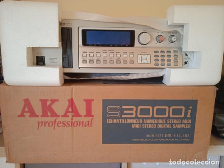 Instrumentos musicales: Akai S3000i - MIDI Stereo Digital Sampler- - Foto 2 - 293544213