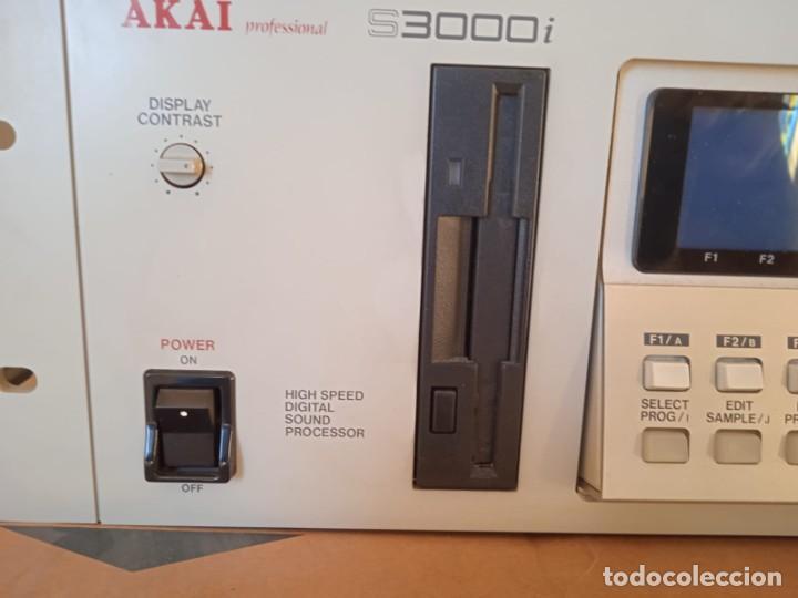 Instrumentos musicales: Akai S3000i - MIDI Stereo Digital Sampler- - Foto 5 - 293544213