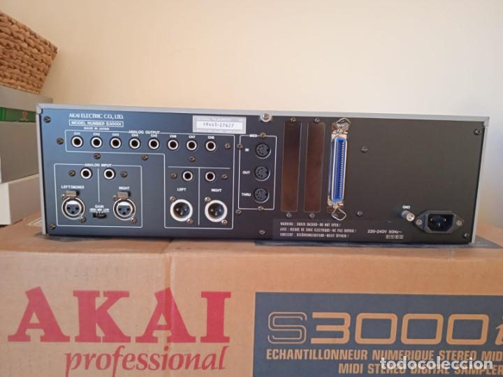 Instrumentos musicales: Akai S3000i - MIDI Stereo Digital Sampler- - Foto 6 - 293544213