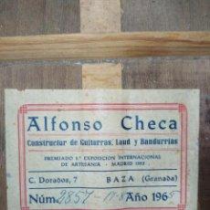 Instrumentos musicales: GUITARRA ESPAÑOLA 4/4 DE ALFONSO CHECA. Lote 295526863