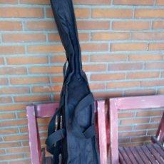 Instrumentos musicales: BONITA Y PRÁCTICA FUNDA DE GUITARRA. Lote 295830768