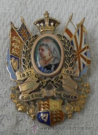 Joyeria: Inglaterra. Broche. Jubileo de la Reina Victoria. 1837 – 1897. Oro de 9 K y esmaltes. - Foto 2 - 37068871
