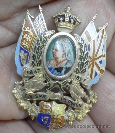 Joyeria: Inglaterra. Broche. Jubileo de la Reina Victoria. 1837 – 1897. Oro de 9 K y esmaltes. - Foto 3 - 37068871