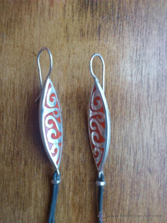 Joyeria: Pendientes diseño moderno en plata de ley contrastada ( 925 ) y caucho - Foto 2 - 38184245