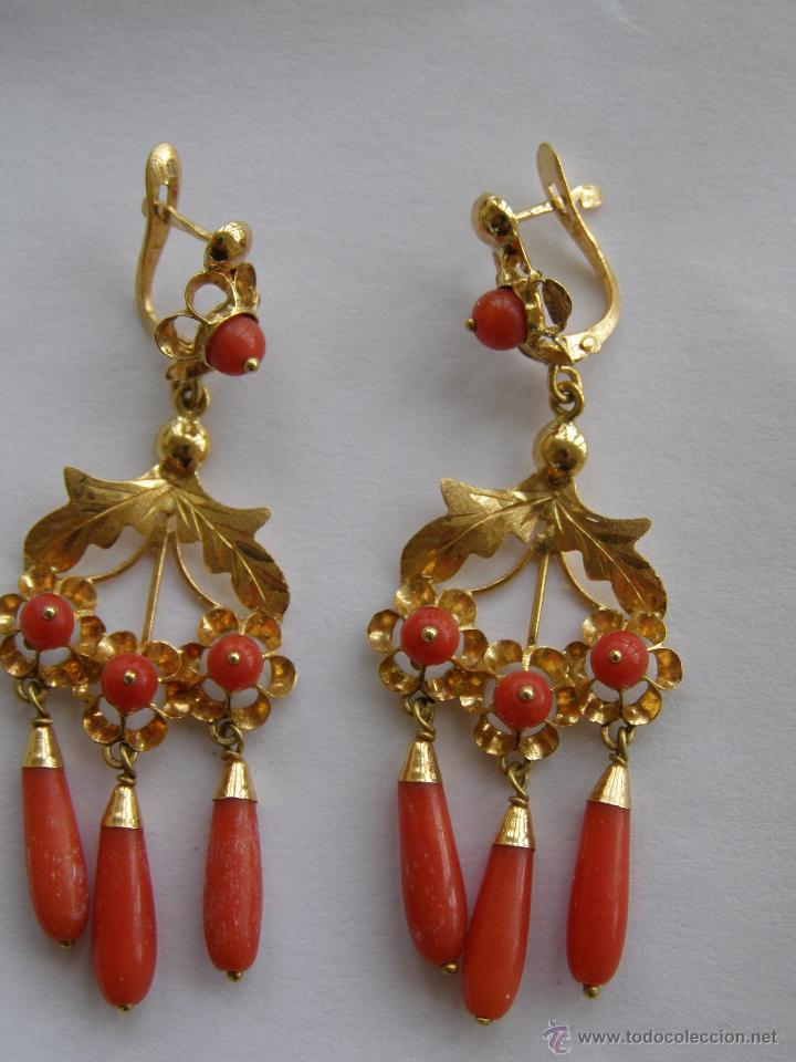 Pendientes oro y coral