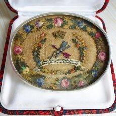 Joyeria: GRAN BROCHE SIGLO XIX EN PLATA CON ORIGINAL TRABAJO DE PAPEL. Lote 41635188