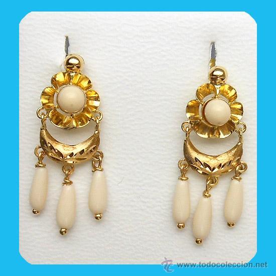 f6e0a9735736 par de pendientes en coral blanco y oro 1ª.ley - Comprar Pendientes ...