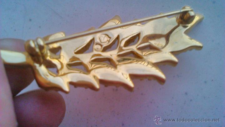 Joyeria: Bonito broche en forma de hoja con cristales swarovski. Sellado en la parte posterior. - Foto 5 - 44023622