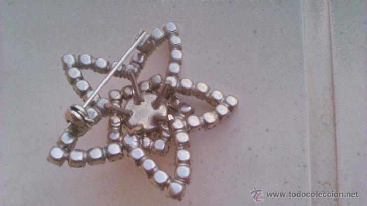 Joyeria: Antiguo broche en forma de estrella con circonitas y perla en el centro. - Foto 3 - 44024012