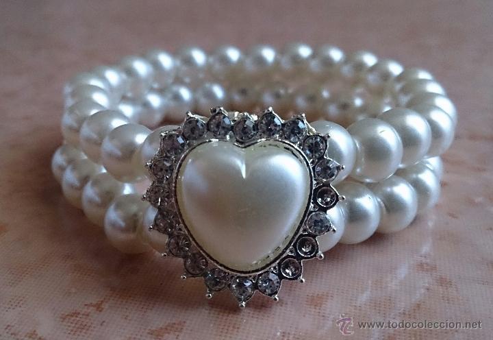 Joyeria: Pulsera de perlas de dos vueltas con corazón plateado y similes de circonita . - Foto 4 - 49404175