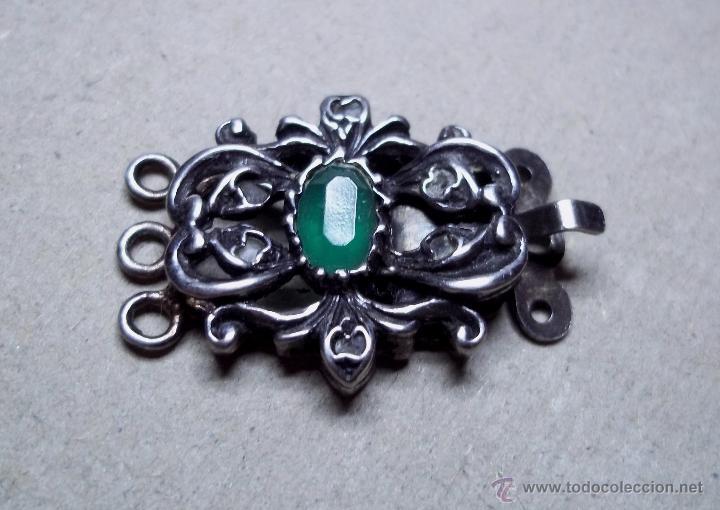 3a70fd1ec8b9 Antiguo broche para collar de tres hilos. Plata y pedreria. Usado. ENVIO  GRATIS.