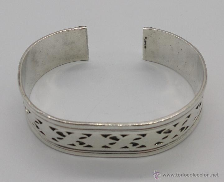 Joyeria: Brazalete en plata de ley contrastada de estilo étnico bellamente labrado . - Foto 2 - 53485998