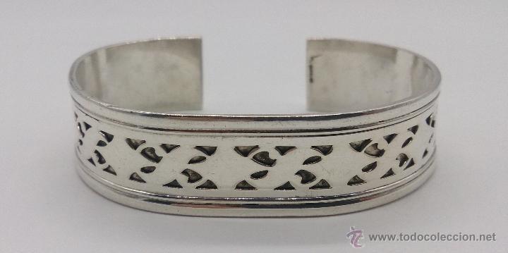 Joyeria: Brazalete en plata de ley contrastada de estilo étnico bellamente labrado . - Foto 3 - 53485998