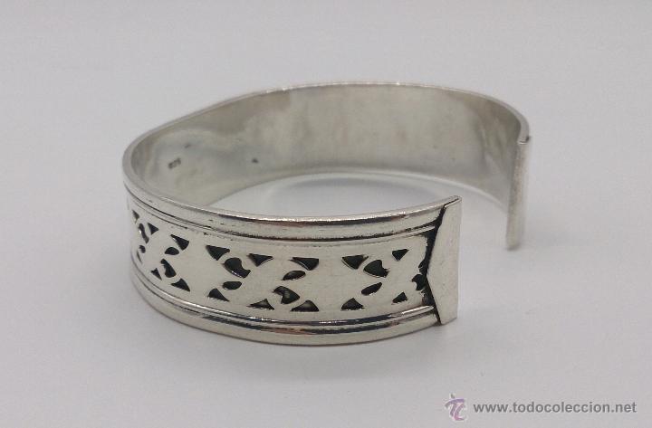 Joyeria: Brazalete en plata de ley contrastada de estilo étnico bellamente labrado . - Foto 5 - 53485998