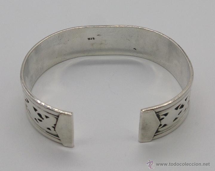 Joyeria: Brazalete en plata de ley contrastada de estilo étnico bellamente labrado . - Foto 6 - 53485998