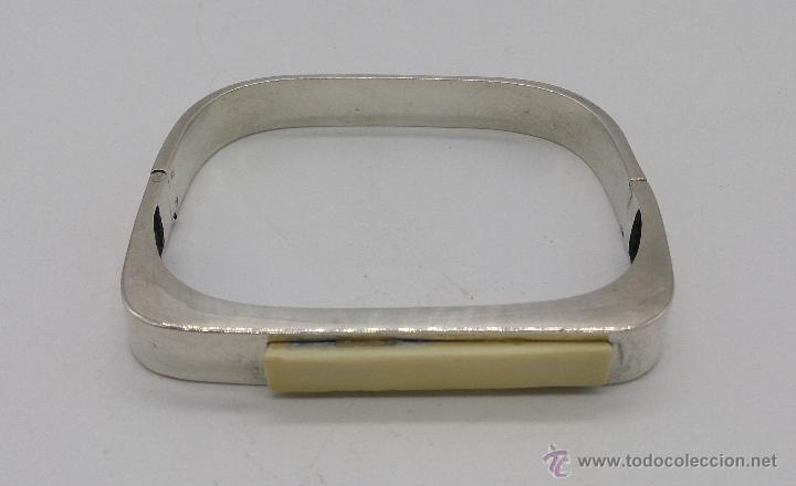Joyeria: Brazalete antiguo en plata de ley con aplicaciones en color marfil, estilo art decó . - Foto 2 - 69868833