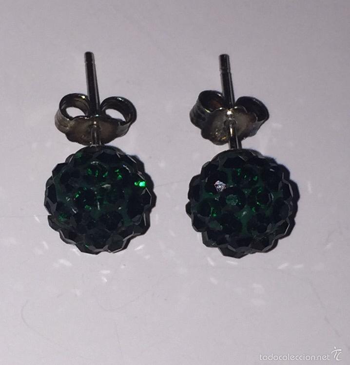 Joyeria: Pareja de pendientes de plata con bola de cristal verde - Foto 2 - 55131954