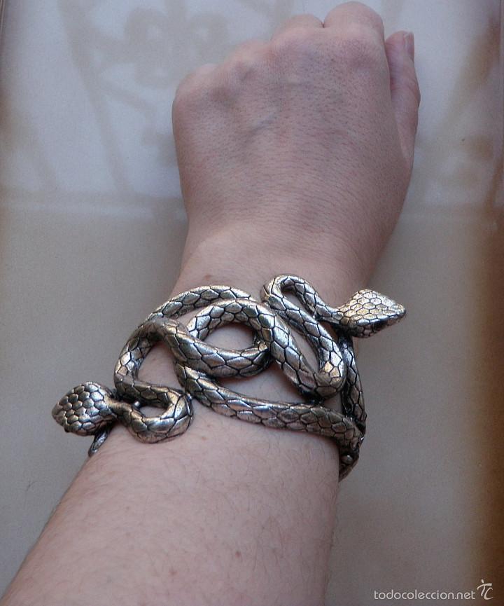 cfa55c7a6e2b Fabulosa pulsera tipo brazalete doble serpiente - Vendido en Subasta ...