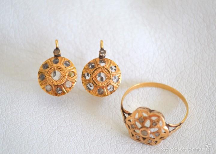 d0377fe5f1d Precioso Conjunto Antiguo de pendientes y anillo de oro 18 kt zafiro tres  Facetas
