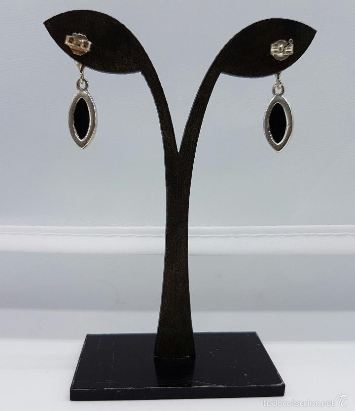 Joyeria: Pendientes antiguos en plata de ley contrastada con cabujónes ovales de piedra azabache autentica . - Foto 3 - 103879987