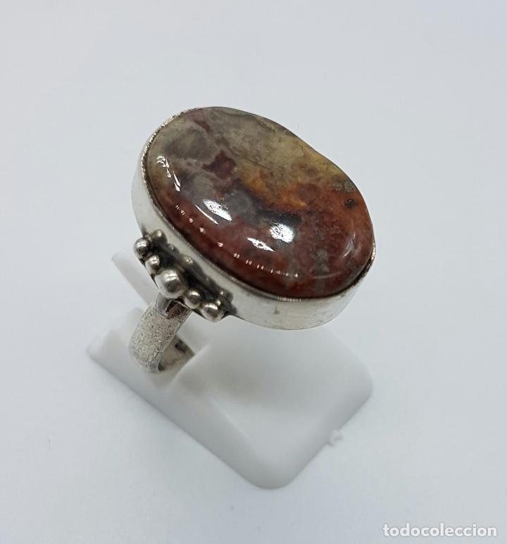 Joyeria: Anillo antiguo en plata de ley contrastada con piedra jaspe marrón incrustada . - Foto 3 - 63453120