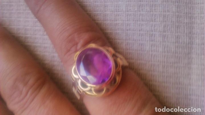 Joyeria: Antiguo anillo de oro de 18 k con topacio rosa engarzado. siglo xix - Foto 2 - 65023019