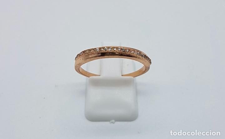 Joyeria: Elegante anillo tipo pedida en plata de ley contrastada y baño en oro de 18k con pave de circonitas - Foto 2 - 66035502