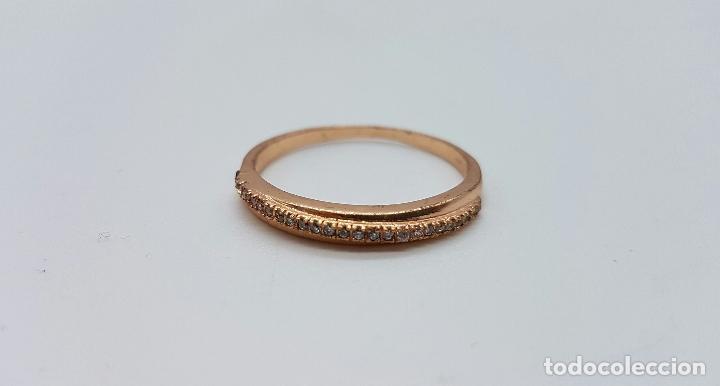 Joyeria: Elegante anillo tipo pedida en plata de ley contrastada y baño en oro de 18k con pave de circonitas - Foto 4 - 66035502
