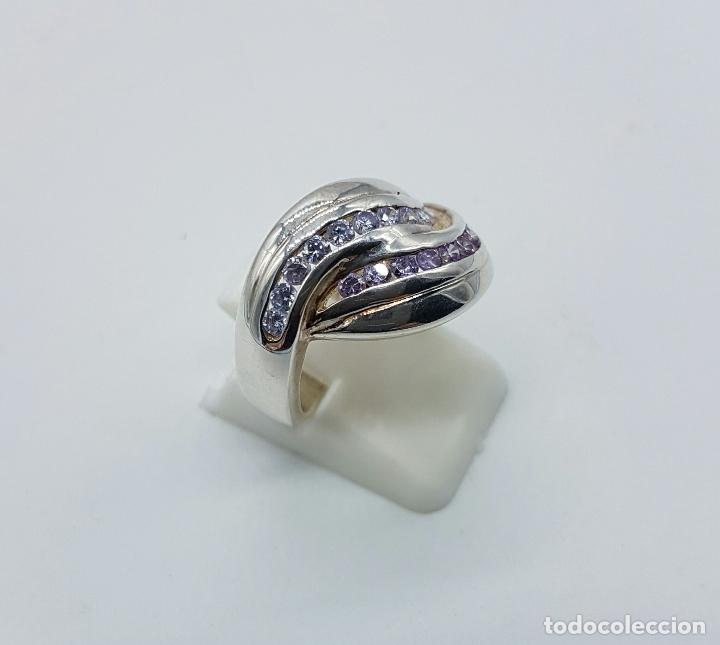 Joyeria: Bello anillo vintage en plata de ley con circonitas y amatistas talla brillante incrsutados . - Foto 2 - 68259773