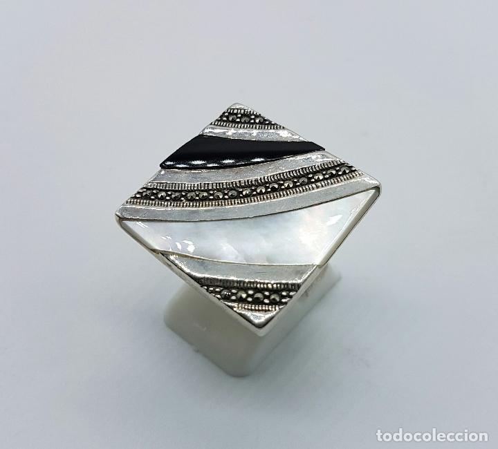 Joyeria: Bello anillo vintage en plata de ley contrastada, marquesitas, madreperla y azabache incrustado . - Foto 2 - 68263449