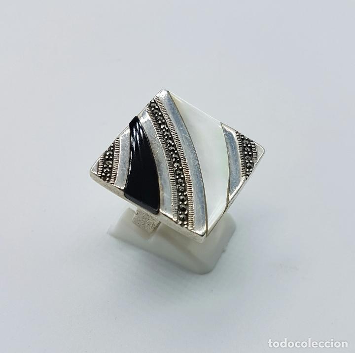 Joyeria: Bello anillo vintage en plata de ley contrastada, marquesitas, madreperla y azabache incrustado . - Foto 3 - 68263449