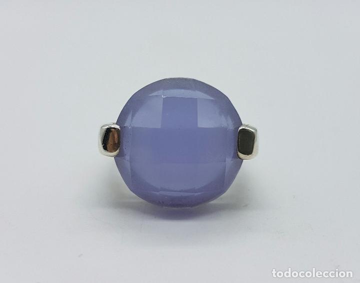 Joyeria: Magnífico anillo en plata de ley contrastada y cabujón de piedra semipreciosa malva faceteada . - Foto 3 - 68265837