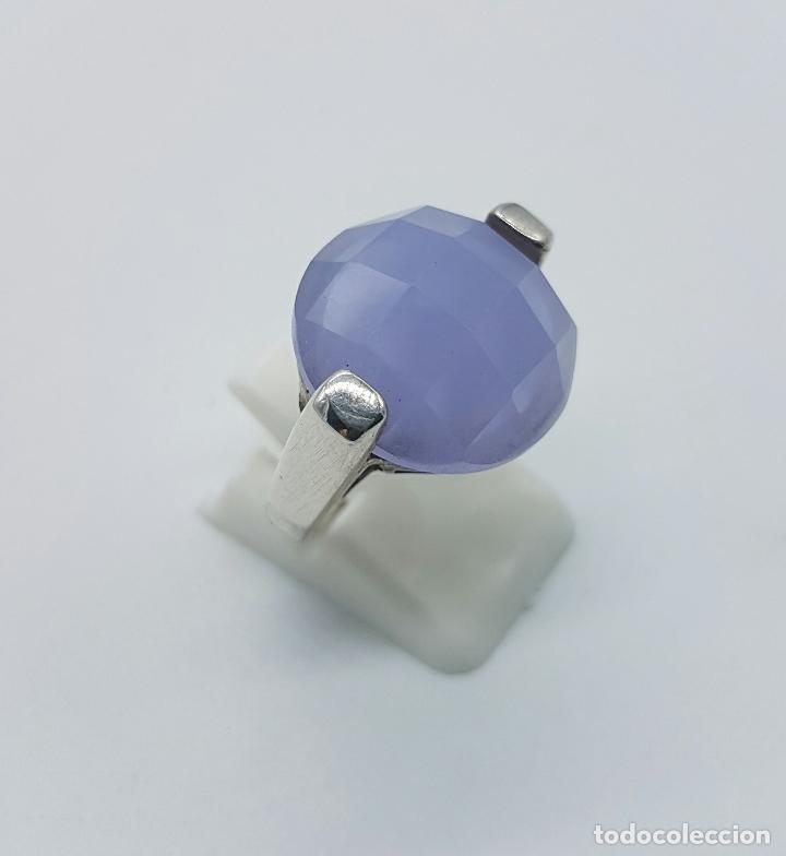 Joyeria: Magnífico anillo en plata de ley contrastada y cabujón de piedra semipreciosa malva faceteada . - Foto 4 - 68265837