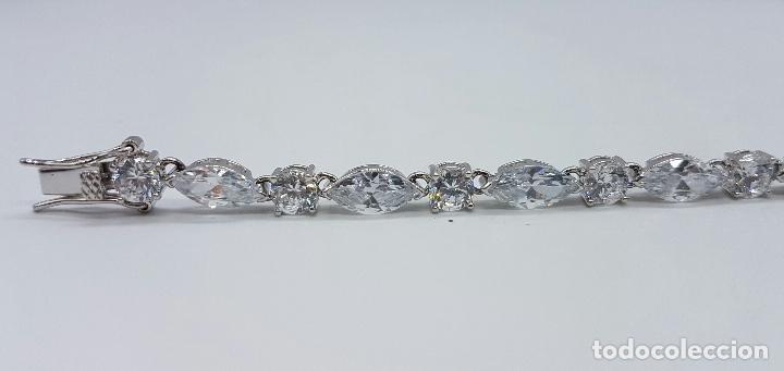 Joyeria: Magnífica pulsera en plata de ley contrastada con circonitas talla diamante y marques engarzadas . - Foto 3 - 71034125