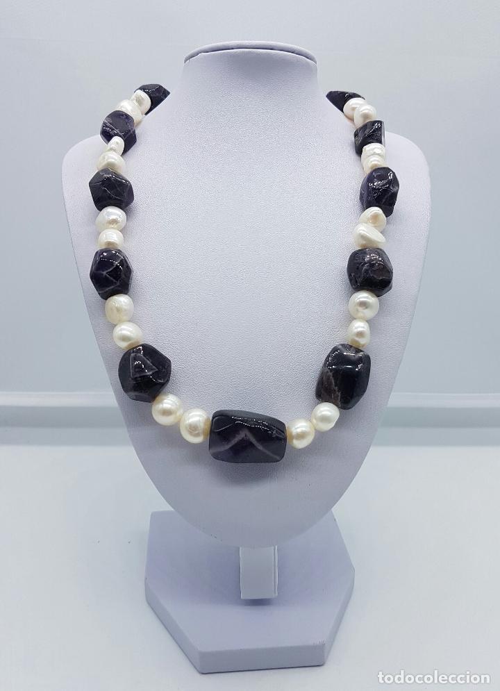 Joyeria: Gran collar antiguo de perlas barrocas cultivadas y cuentas de amatistas naturales . - Foto 2 - 73008407