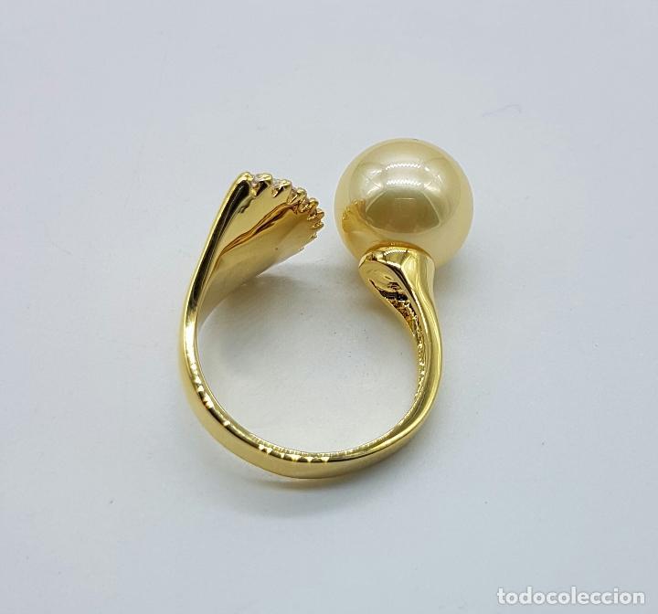 Joyeria: Elegante anillo vintage chapado en oro de 18k con gran perla y circonitas talla diamante engarzadas - Foto 5 - 103689671