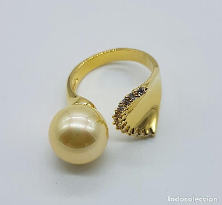 Joyeria: Elegante anillo vintage chapado en oro de 18k con gran perla y circonitas talla diamante engarzadas - Foto 6 - 103689671