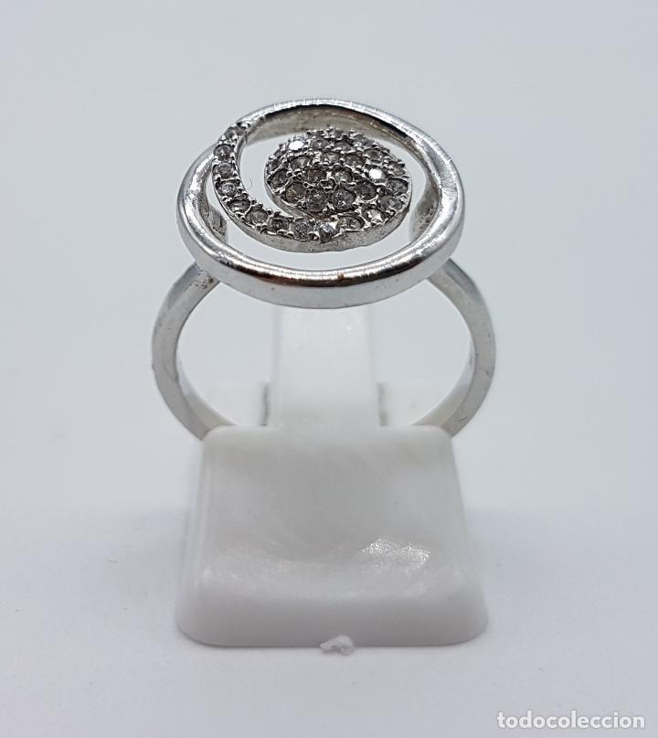 Joyeria: Elegante anillo vintage en plata de ley contrastada con pavé de circonitas talla brillante . - Foto 2 - 80702642