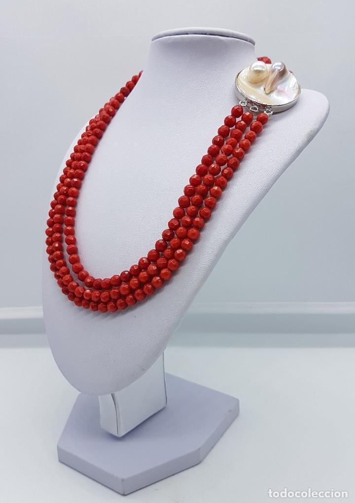Joyeria: Magnífica gargantilla antigua tres vueltas en coral rojo facetado y perla cultivada en el cierre . - Foto 2 - 84833312